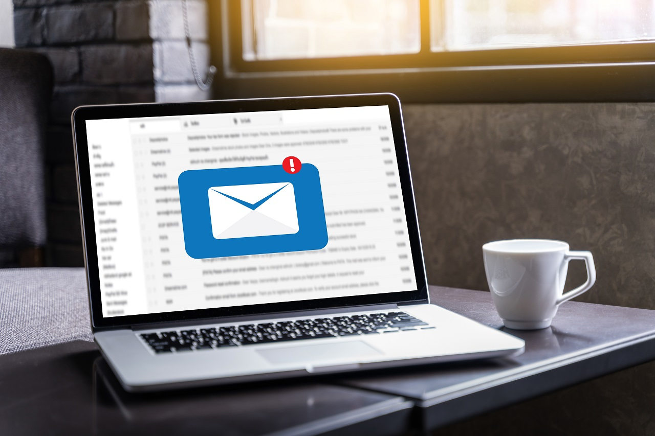 An email arriving on a computer