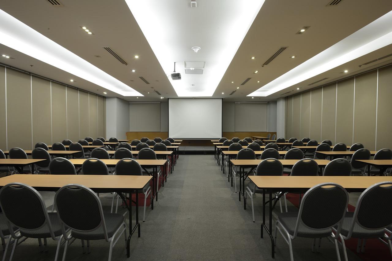 Hidalgo Function Room at the WTCMM